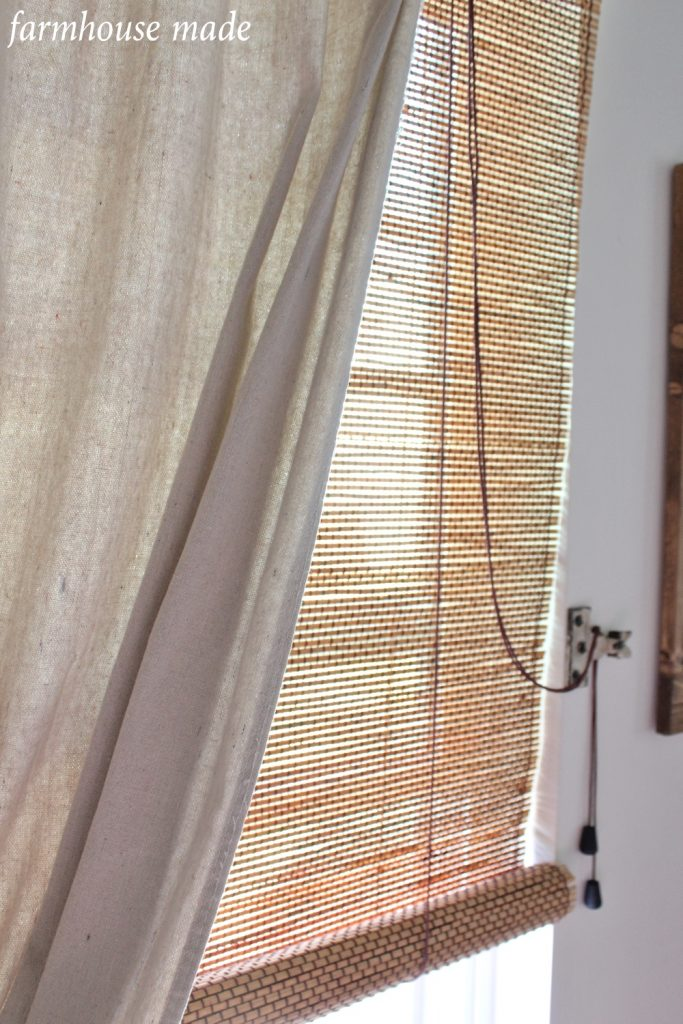 If you have dark bamboo window shades, but really want to lighten them up, you have to see how this blogger did hers! So simple!