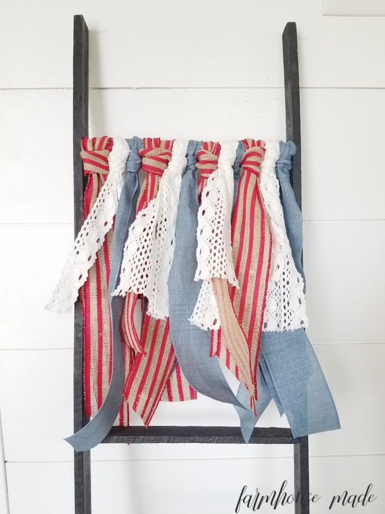 Easy 4th of July Decor DIY | Grab your ribbons and make this super simple 10 minute 4th of July decor DIY ribbon bunting!