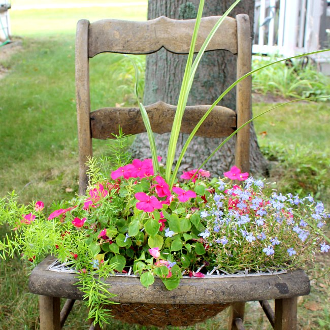 The Painted Cottage has an amazing tutorial for adding chicken wire to a chair to make a planter! So beautiful and unique!