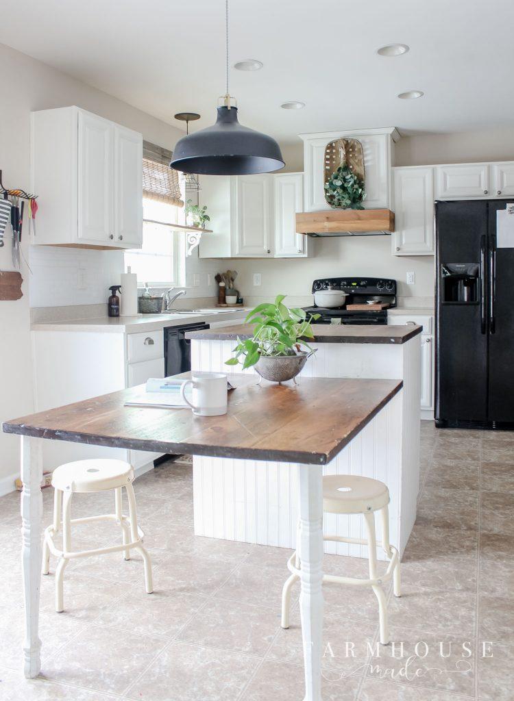 farmhouse kitchen, calico cream